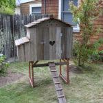 Bungalow Hen House Front Profile - Closed Door